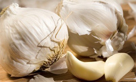 Lower Your Cholesterol With Garlic